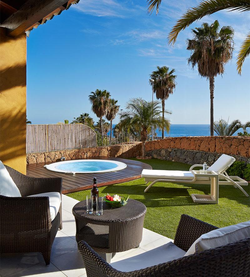 Aria 2 Bedroom Suite: Hotel Suite Villa Maria (2 Bedroom) With Jacuzzi Villa In