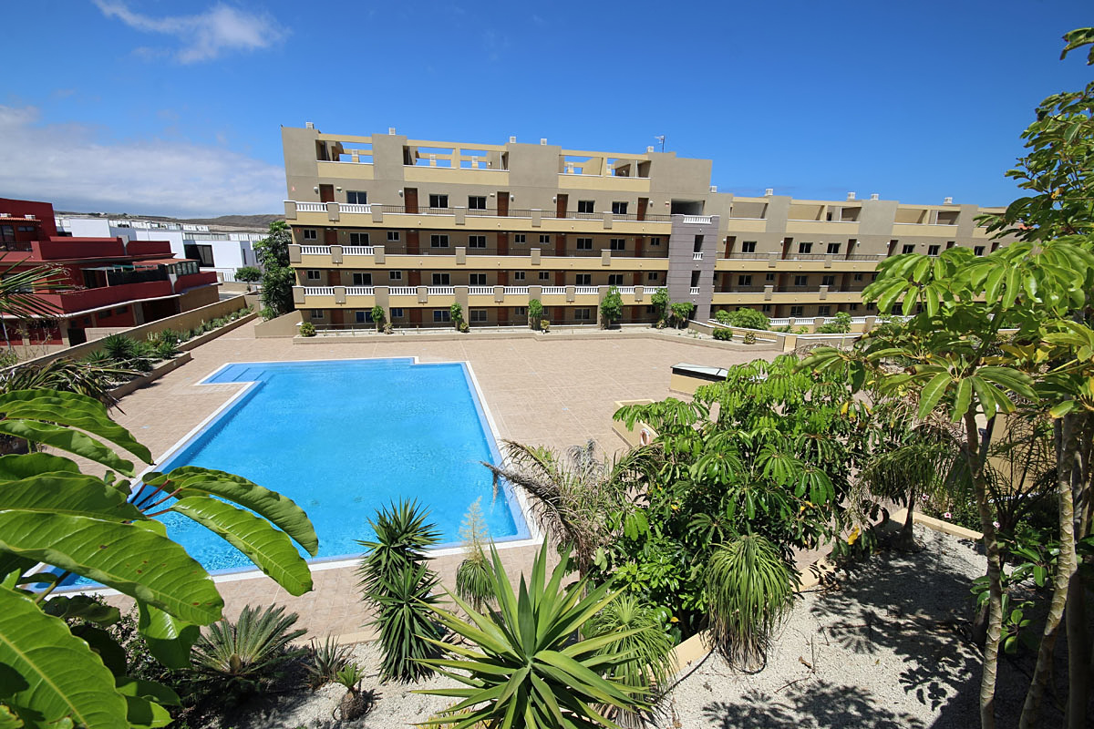 La Perla Apartments in El Medano, Tenerife