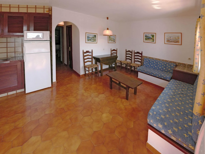 Son Bou Gardens (3 Bedrooms) Picture 20