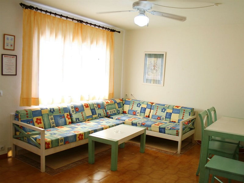 Son Bou Gardens (3 Bedrooms) Picture 12