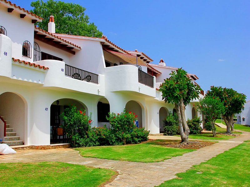 Son Bou Gardens (3 Bedrooms) Picture 10