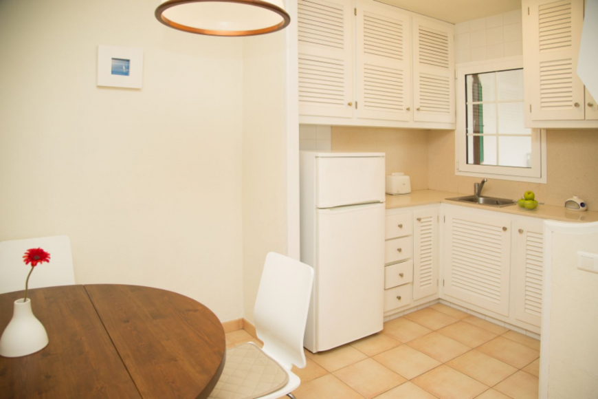 Son Bou Playa Apartments (3 bedroom) Picture 11