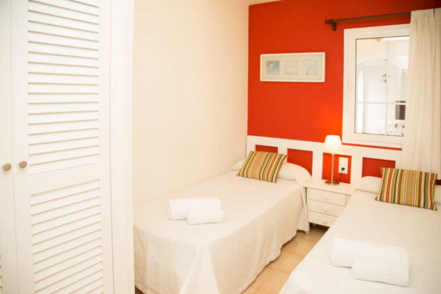 Son Bou Playa Apartments (3 bedroom) Picture 16