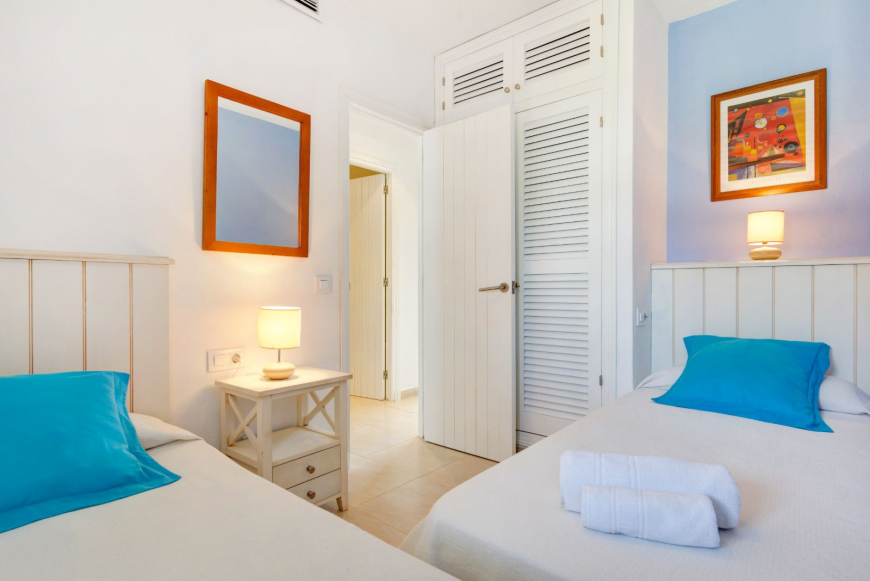 Son Bou Playa Apartments (3 bedroom) Picture 17