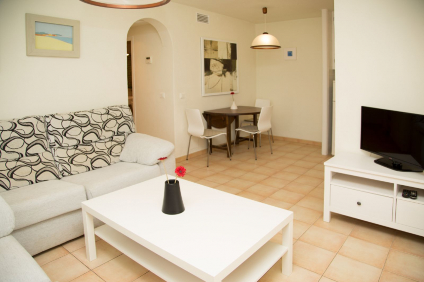 Son Bou Playa Apartments (3 bedroom) Picture 9