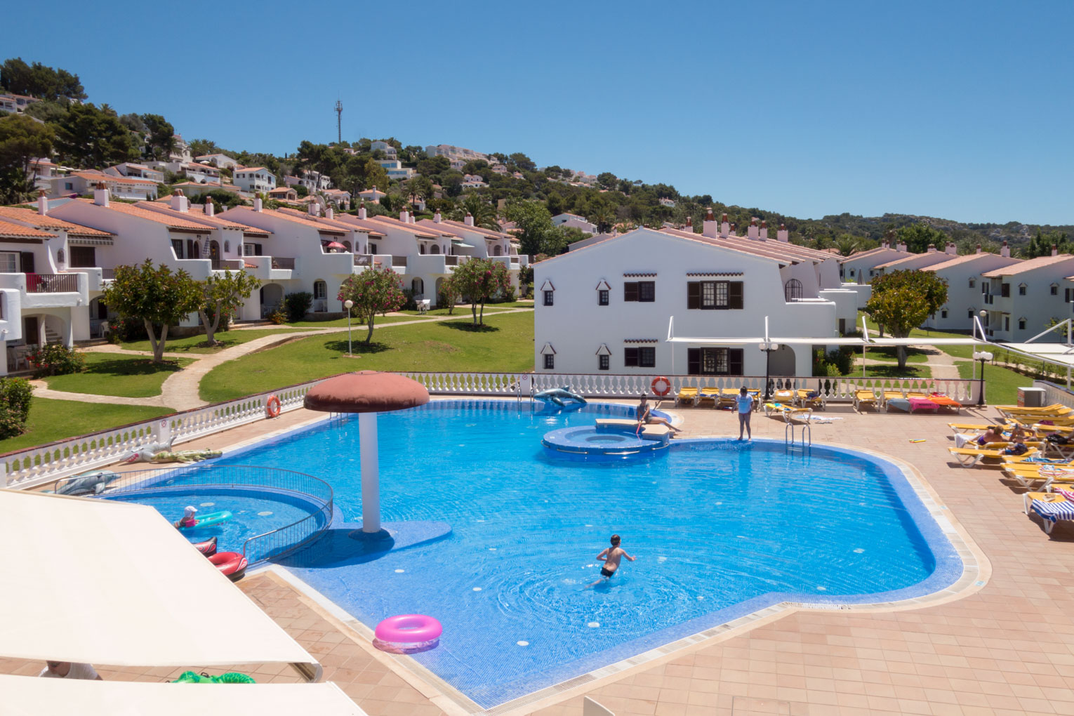 Son Bou Playa Apartments (2 bedroom) Picture 2
