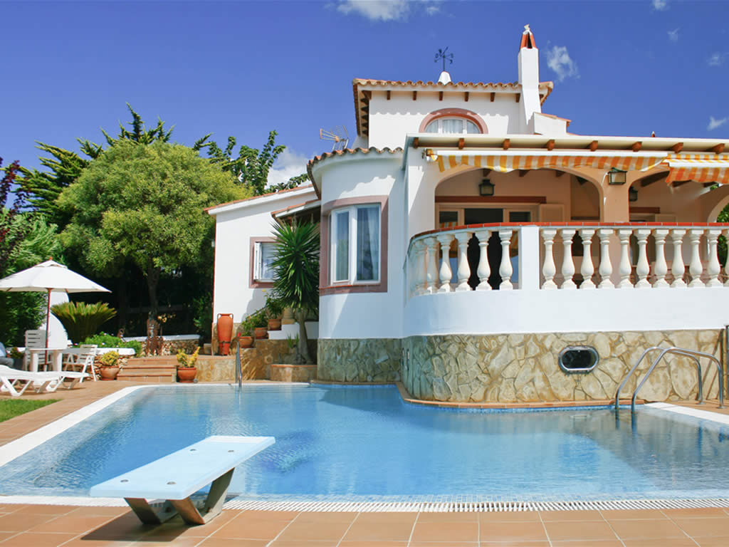 Holidays, Apartments and Villas in Menorca