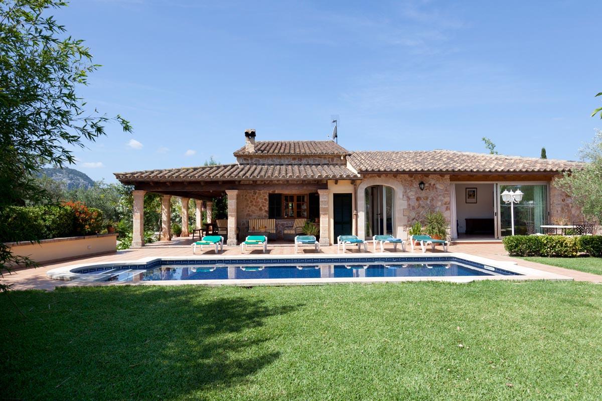 Villa Estades Petit Villa In Pollensa Mallorca