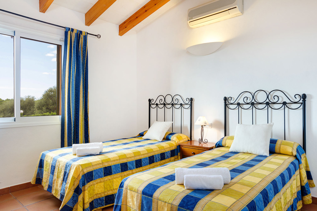 Villas Menorca Sur (2 Bedrooms) Picture 13