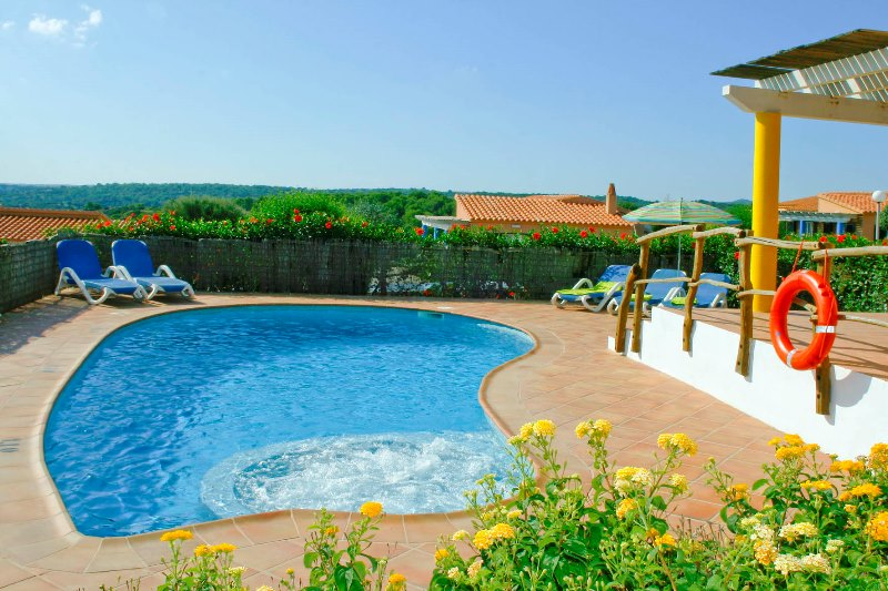 Villas Menorca Sur (3 Bedrooms) Picture 2