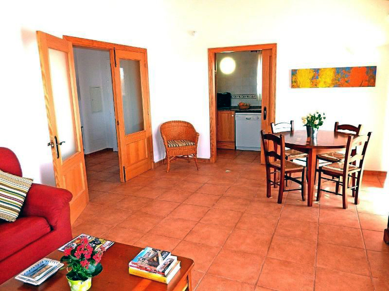 Villas Menorca Sur (3 Bedrooms) Picture 8